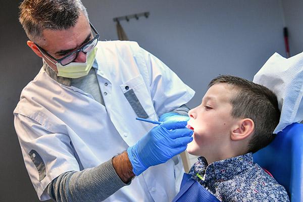 img-dentiste-offre-emploi.jpg